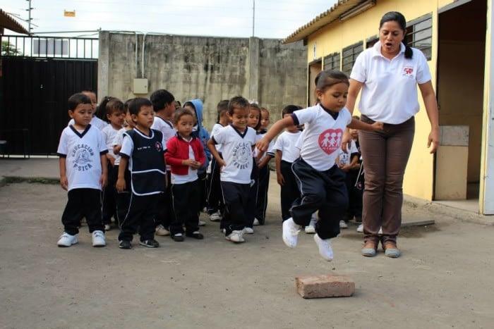 Fe y Alegría Ecudaor_kids
